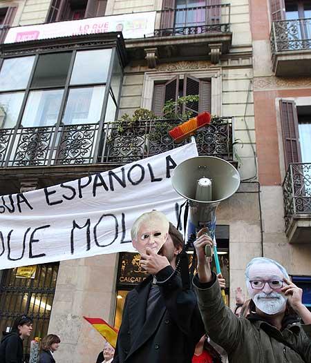Manifestación contra el bilingüismo