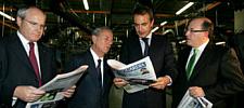 Montilla y Zapatero visitan La Vanguardia